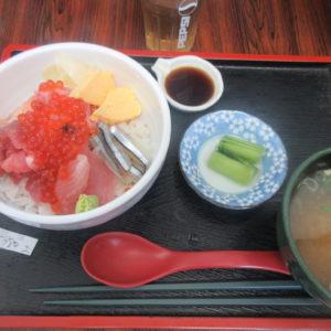 足立市場へ突入!!【とくだ屋】食堂で海鮮丼※詳細情報あり